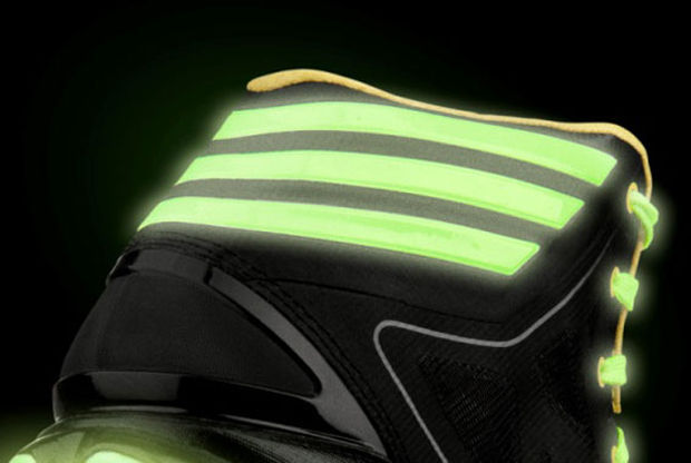 Adidas- adizero Crazy Light 2 'Glow'