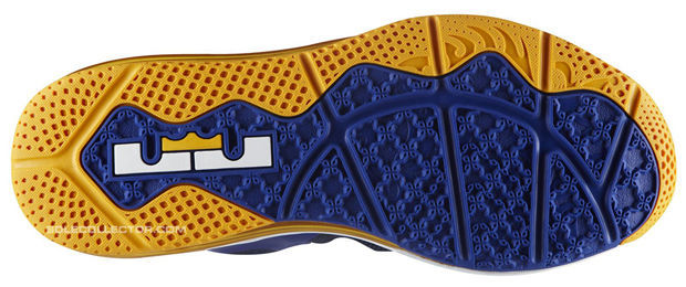 Nike LeBron 9 Low - Royal/University Gold-Obsidian