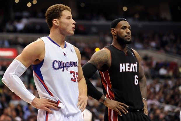 Blake Griffin y LeBron James./ Getty Images