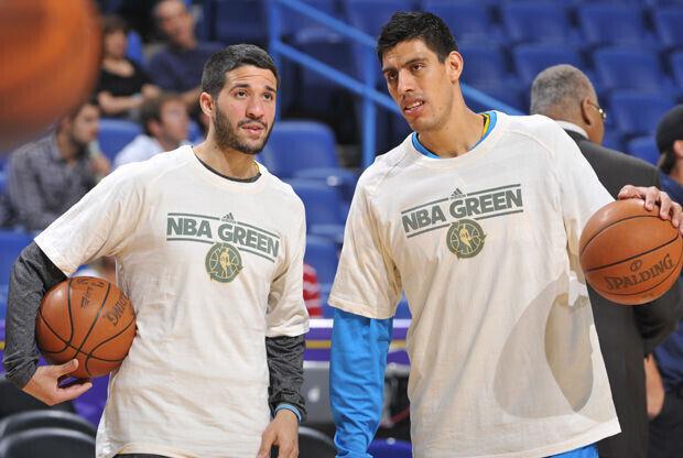 Gustavo Ayón y Greivis Vásquez./ Getty Images