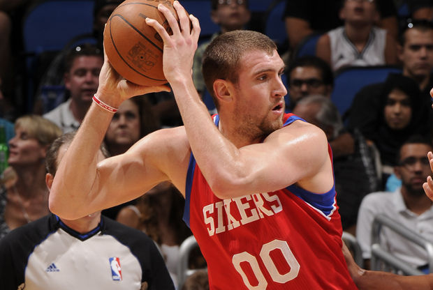 Spencer Hawes./ Getty Images