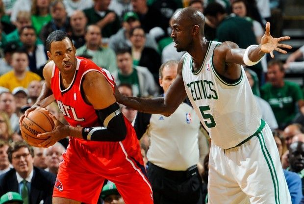 Jason Collins y Kevin Garnett./ Getty Images