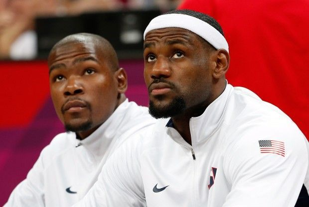 Kevin Durant, LeBron James./ Getty Images