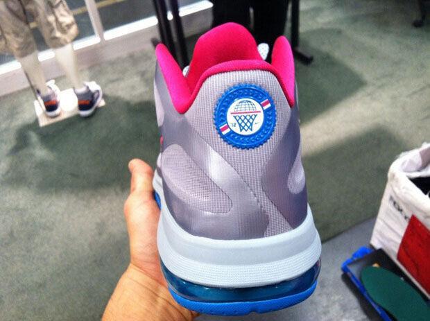 Nike - LeBron 9 Low 'WBF - Fireberry'