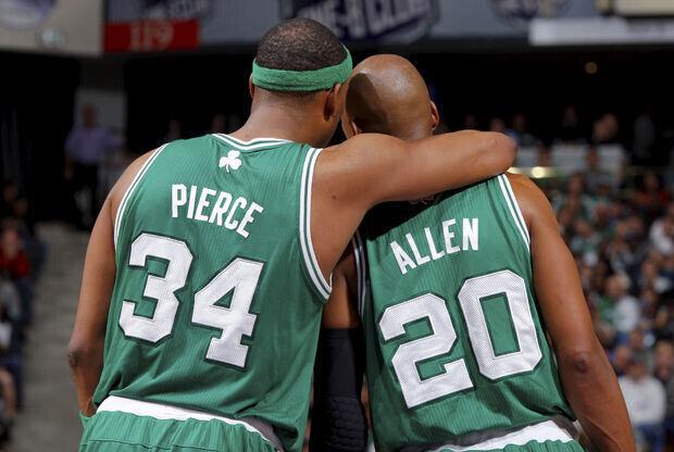 Paul Pierce y Ray Allen./ Getty Images