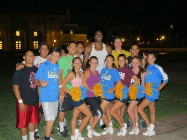 Dwight Howard en UCLA./ Facebook