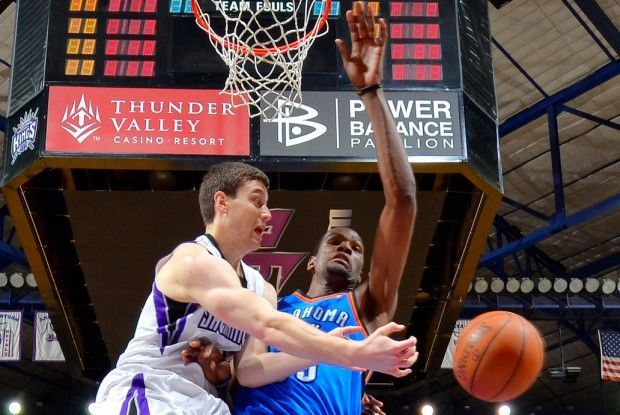 Jimmer Fredette y Kevin Durant./ Getty Images