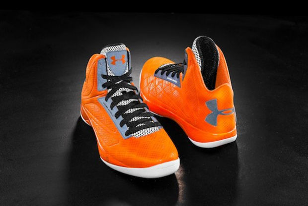 Under Armour - Micro G Torch