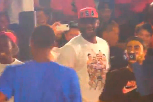 LeBron James felicita a Paul George