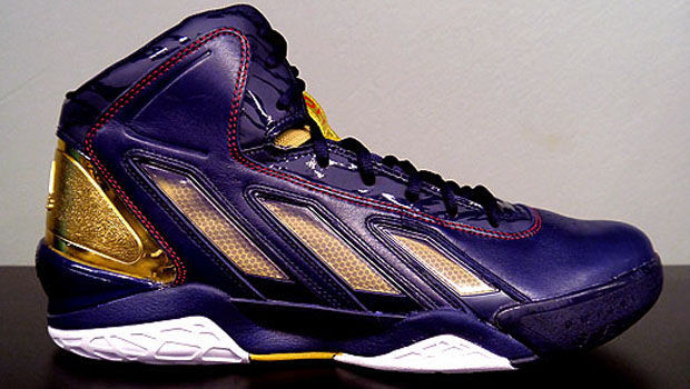 Adidas - adiPower Howard 3 'Gold Medal'