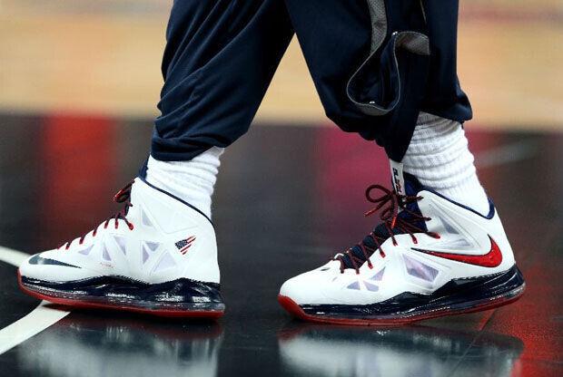 Nike - LeBron X 'Gold Medal'