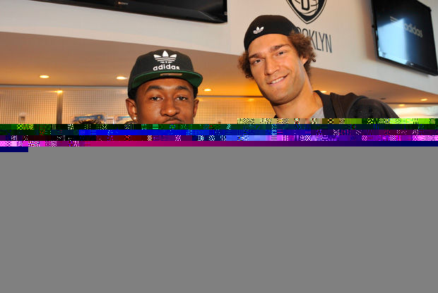 MarShon Brooks y Brook Lopez, en la Nets Shop./ Getty