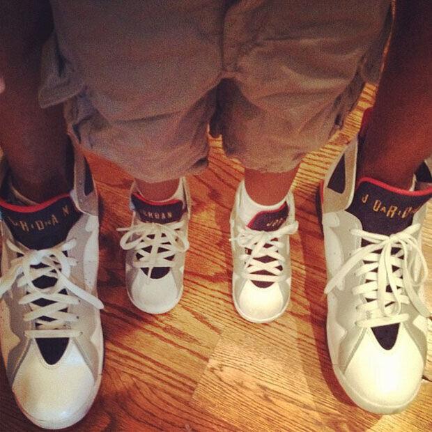 Chris Paul le regala unas Air Jordan – Retro 7 'Olympic' a su hijo de 3 años