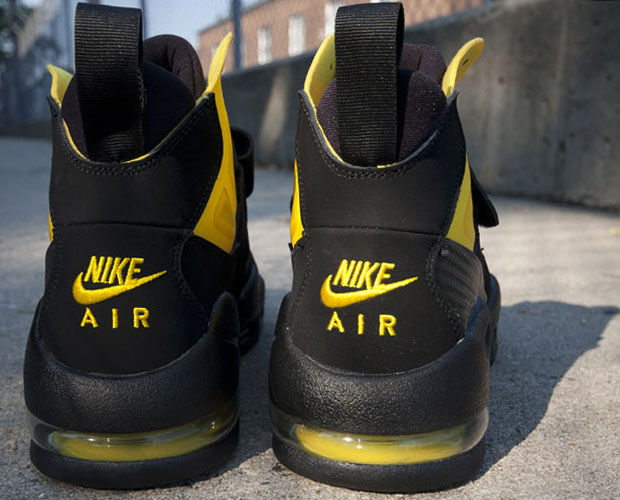 Nike - Air Max Express 'Speed Yellow'