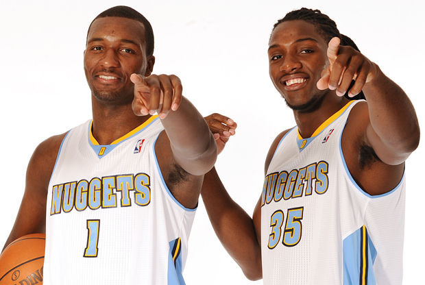 Jordan Hamilton y Kenneth Faried./ Getty Images