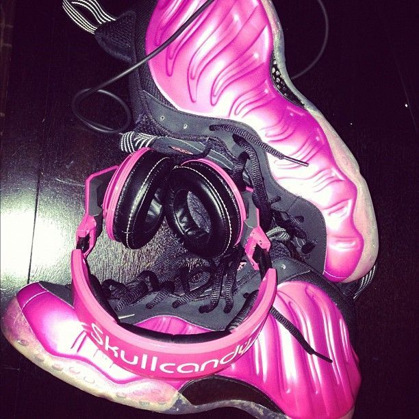 James Harden presenta sus Nike - Hyperposite 'Cancer Awareness'