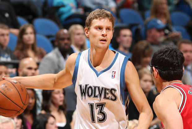 Luke Ridnour/ Getty Images