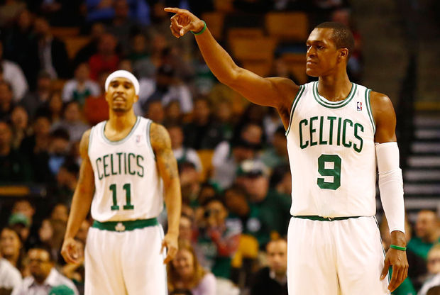 Rajon Rondo y Courtney Lee./ Getty Images