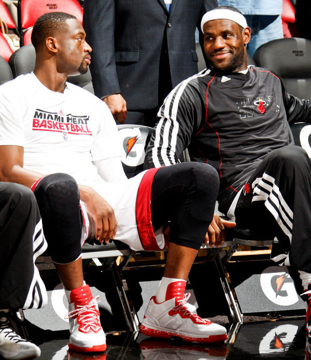 Dwyane Wade y LeBron James./ Getty