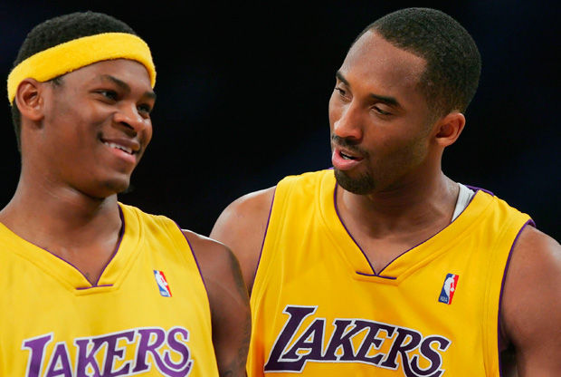 Smush Parker y Kobe Bryant./ Getty