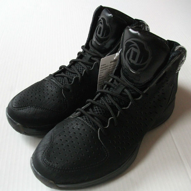 Adidas – adiZero Rose 3.0 'Blackout'
