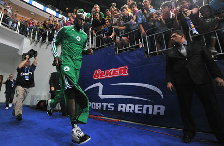 Kevin Garnett, en Estambul./ Getty