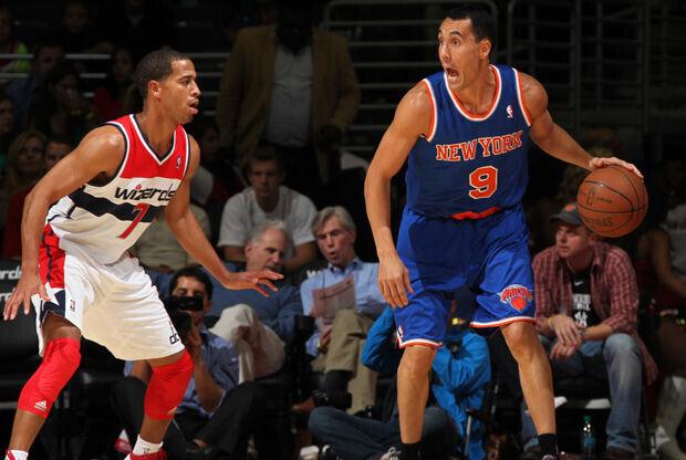 Pablo Prigioni e su debut de pretemporada con los Knicks./ Getty