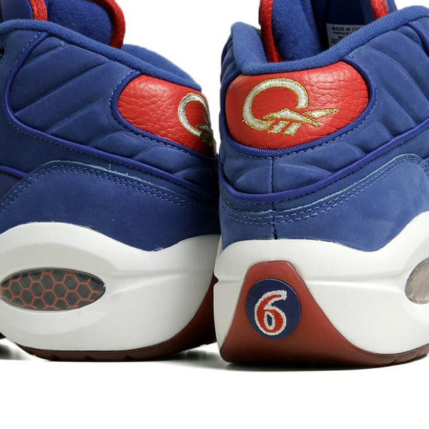 Reebok – Question 'White/Navy – #6'