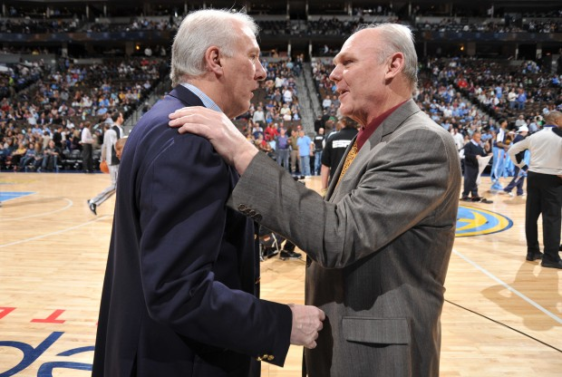 Gregg Popovich y George Karl./ Getty Images
