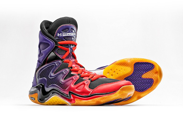 Under Armour - Charge BB