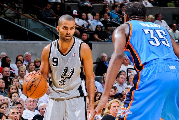 Tony Parker y Kevin Durant./ Getty Images