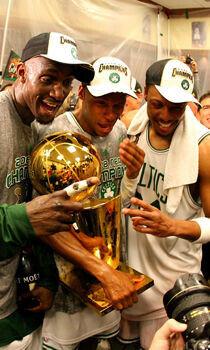 Kevin Garnett, Ray Allen y Paul Pierce./ Getty Images