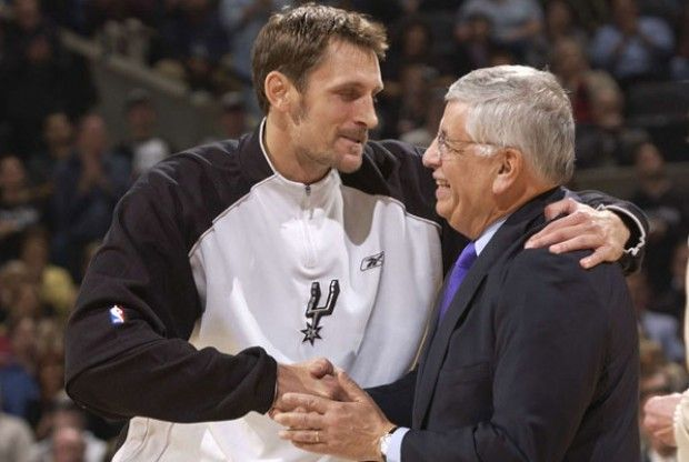 Brent Barry y David Stern./ Getty Images