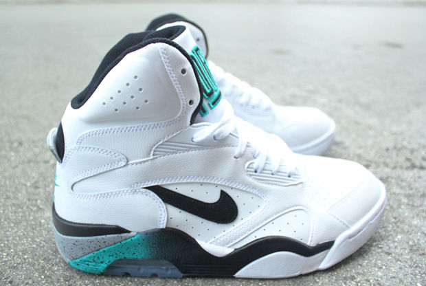 Nike – Air Force 180 'White/Emerald'