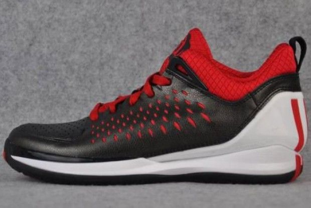 Adidas - Rose 3 low 'The Chi'