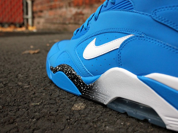 Nike - Air Max 180 'Photo Blue'