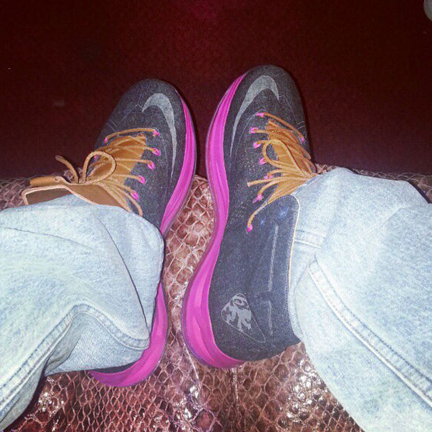Nike - LeBron X