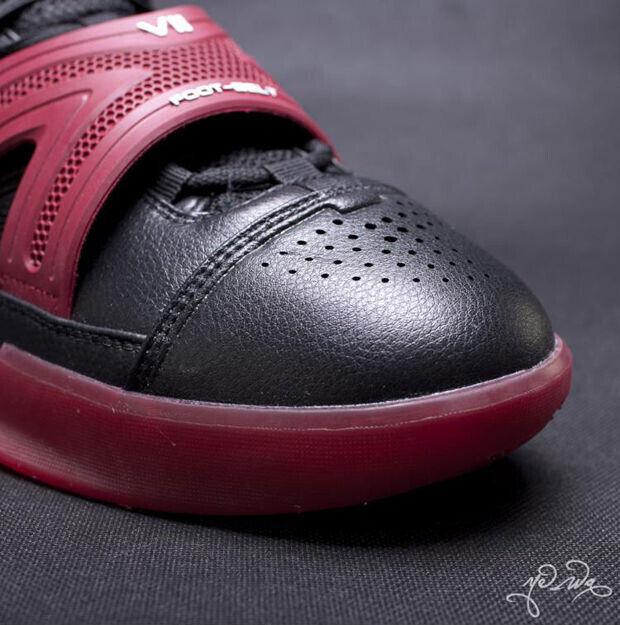 Peak - Battier VII 'Black/Red'
