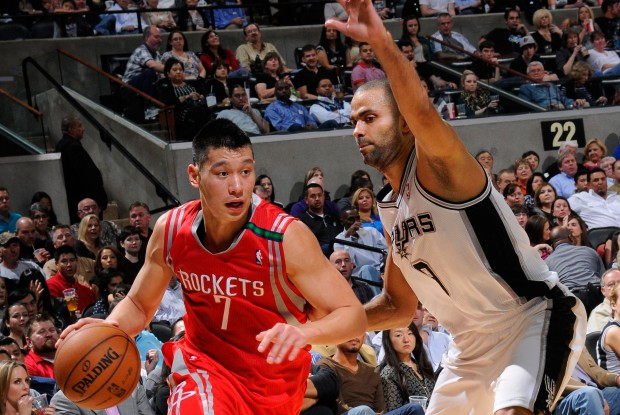 Jeremy Lin y Tony Parker./ Getty Images