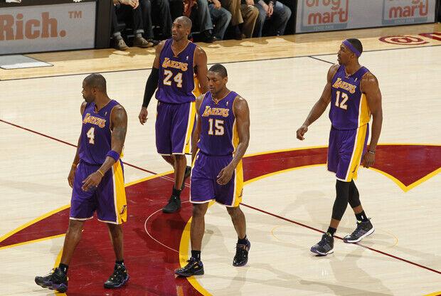 Kobe Bryant, Antawn Jamison, Metta World Peace y Dwight Howard./ Getty Images