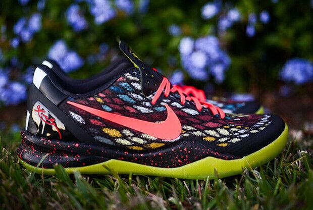 Nike – Kobe VIII 'Christmas'
