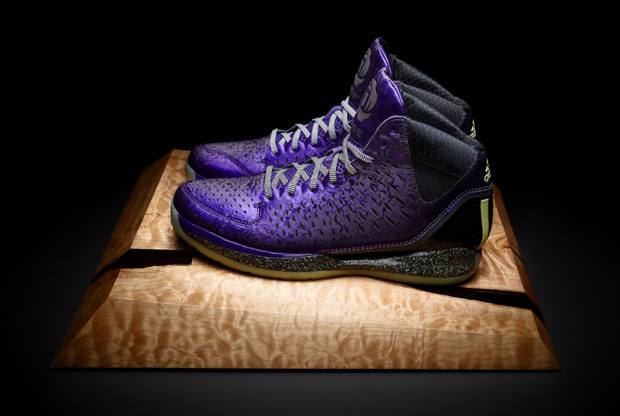Adidas – adiZero Rose 3.0 'Nightmare'