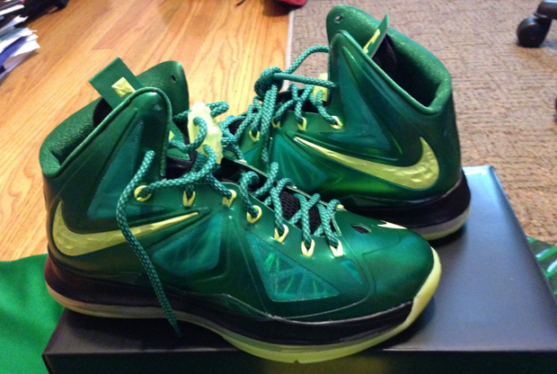 Nike - LeBron X 'Oregon Ducks'