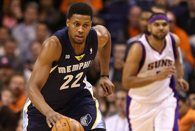 Rudy Gay y Jared Dudley./ Getty Images