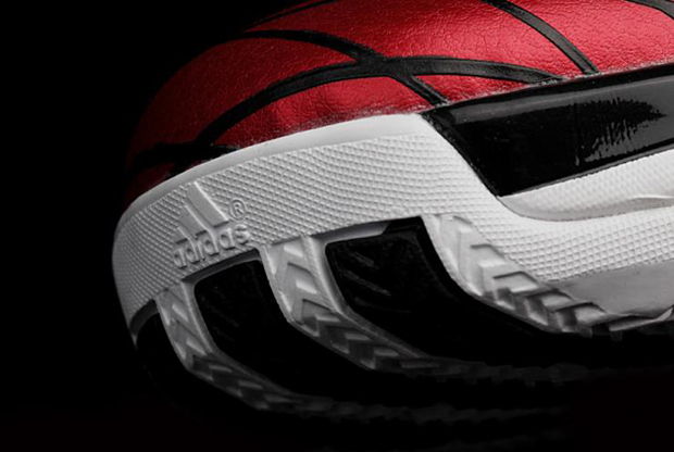 Adidas – adiZero Rose 3.5 'Away'