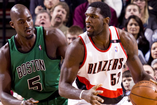 Greg Oden y Kevin Garnett./ Getty Images