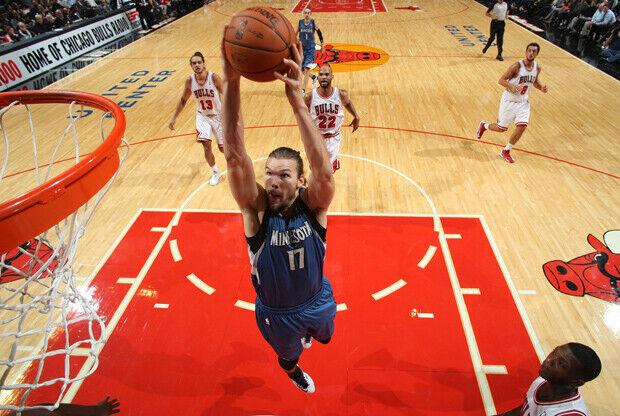 Lou Amundson./ Getty Images
