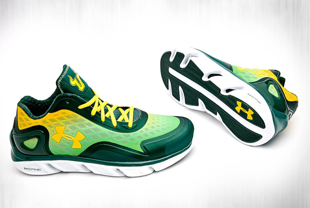 Under Armour – Spine Bionic 'So-Flo'