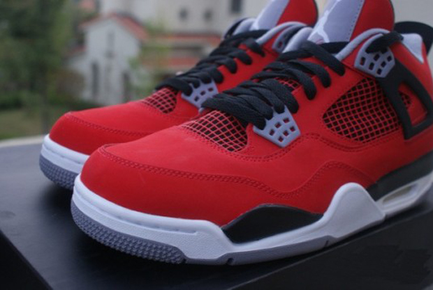 Air Jordan – IV 'Fire Red/White-Black-Cement Grey'