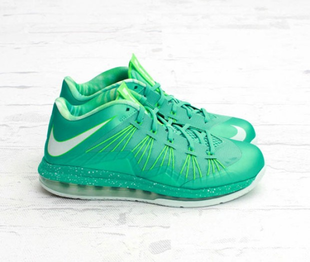 Nike - LeBron X Low 'Easter Crystal Mint'